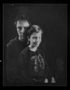 fren nabuurs portret fotografie portait 60 seconds pinhole